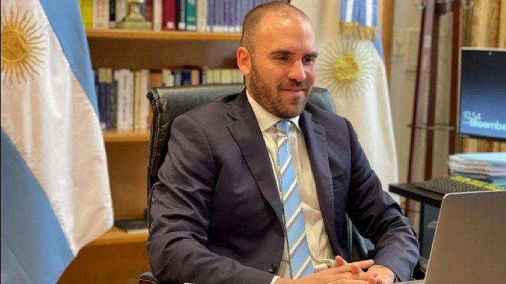 El Ministro de Economía propuso cobrar un impuesto global a las multinacionales del 25%