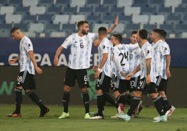 Argentina goleó a Bolivia con un Messi en su máximo esplendor.