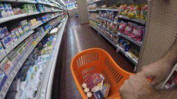 El Gobierno lanza la Canasta Ahorro, integrada por 28 productos a precios populares.