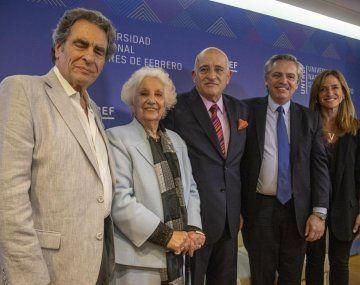 Alberto Fernández participó de un homenaje a Estela de Carlotto
