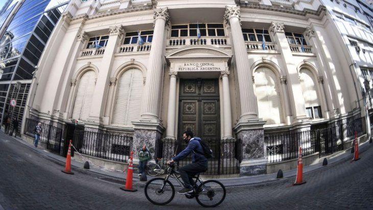 el-banco-central-publico-su-informe-monetario-diciembre