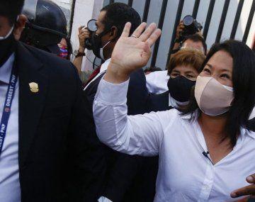 La candidata de derecha Keiko Fujimori se quedaría con el pase al balotaje como segunda fuerza.
