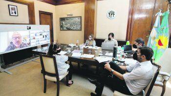 intendentes pba piden drastica reduccion de horario para circular