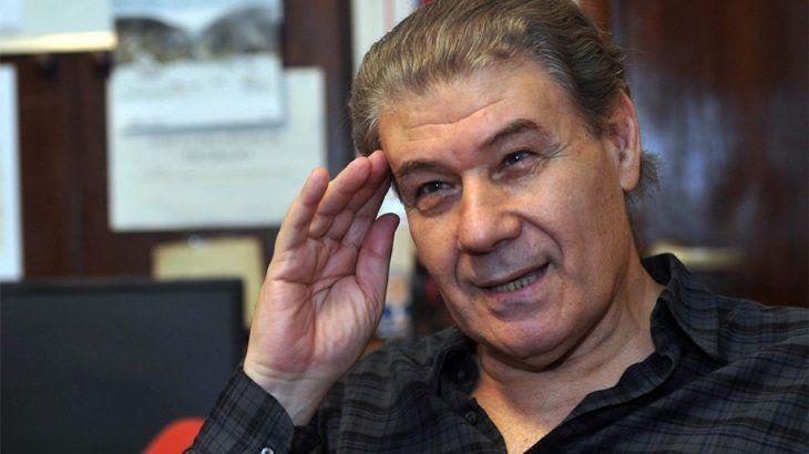 El periodista Víctor Hugo Morales permanece internado en el sanatorio Los Arcos.