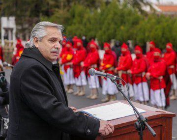 El presidente Alberto Fernández viajó a Salta para participar de los homenajes al general Güemes.