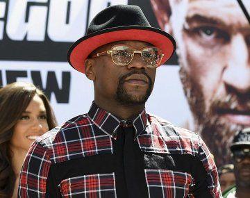 Mayweather exige una fortuna desorbitante para pelear en la UFC