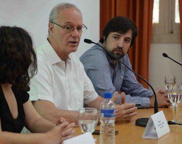 El ministro de Salud bonaerense, Daniel Gollán, apuntó contra el tenista serbio
