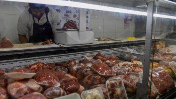 Según el Isepci en abril el kilogramo de asado llegó a los $620, la nalga para milanesas a $690, Paleta $580, carne picada $450, y la carnaza a $500.