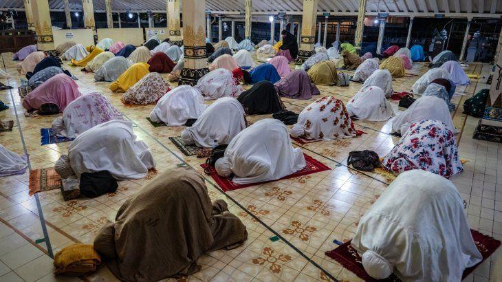 Este martes millones de musulmanes iniciaron el Ramadán