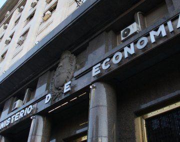 Licitación clave: apuesta Economía a (leve) mejora de tasa y bono para bancos