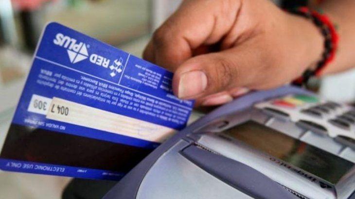 el-uso-tarjetas-debito-crecio-2020-un-143-mientras-que-la-utilizacion-las-tarjetas-credito-sufrio-un