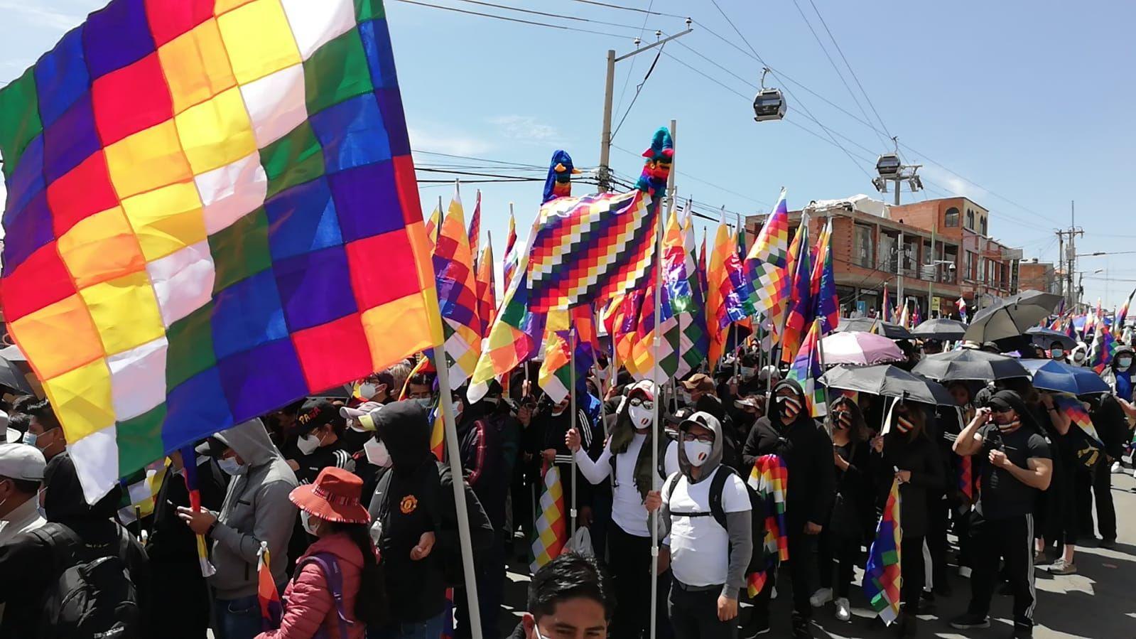 Grupos a favor de MAS se concentran en El Alto, en La Paz.