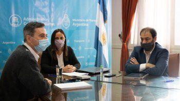 """Autoridades de la Unidad Ejecutora Especial Temporaria """"Canal Magdalena"""" que estuvieron a cargo de la audiencia."""