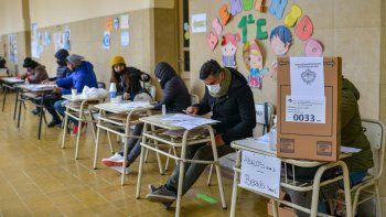Doce partidos de la oposición, pidieron mayores controles para el conteo de los votos.
