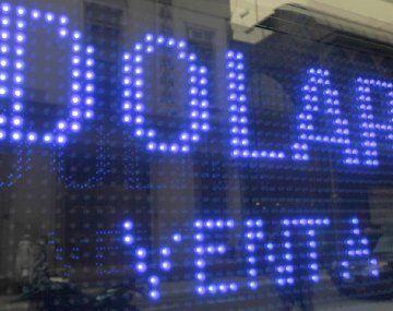 El dólar blue baja tras dos subas consecutivas.