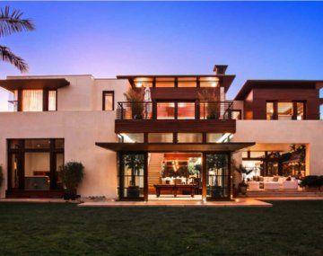 La residencia se encuentra en Los Ángeles.