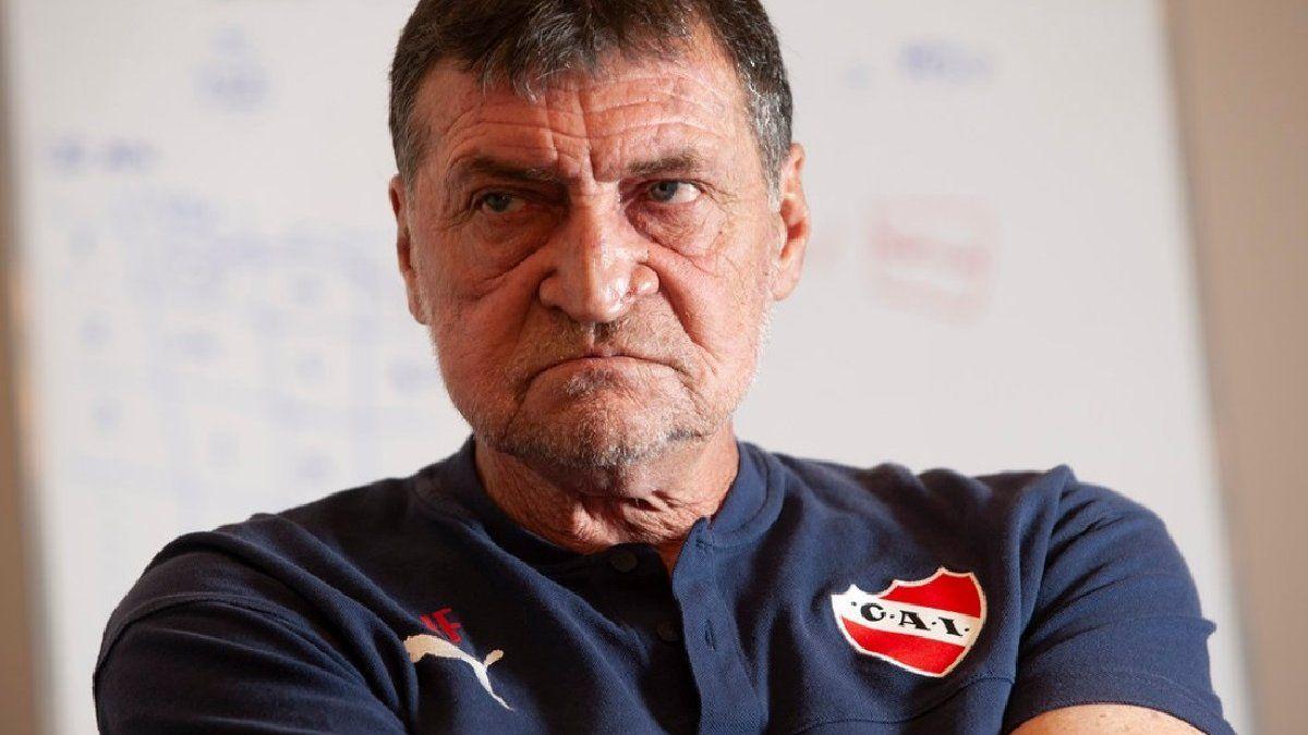 Independiente pierde a Sosa pero recupera a Romero para el clásico contra  Racing