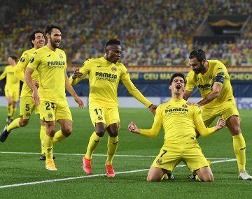 Villarreal avanza sin complicaciones en la Europa League.