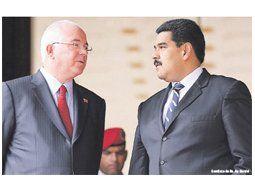 Rafael Ramírez venía insistiendo dentro del gabinete de Nicolás Maduro con la necesidad de sincerar algunas variables económicas clave. El presidente lo pasó a la Cancillería y cerró abruptamente ese debate.