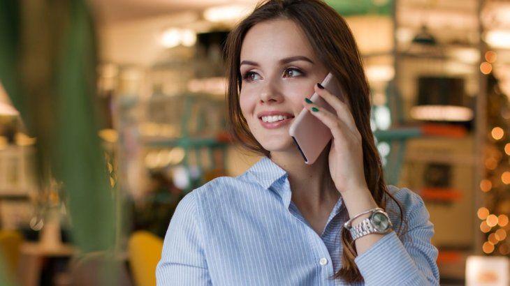 Se puede enviar un mensajes por WhatsApp sólo utilizando la voz.