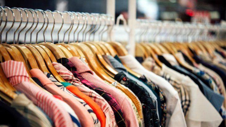 articulos-como-indumentaria-calzados-bijouterie-joyeria-ropa-deportiva-textil-blanco-o-jugueterias-s