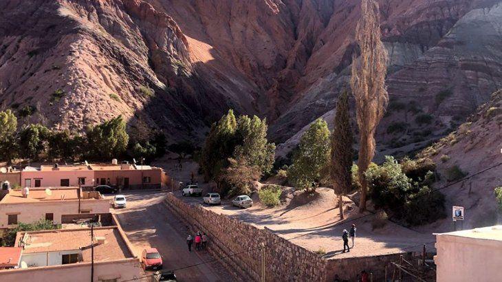 Los viajes por turismo también son atractivos por la gran variedad cultural en la región.