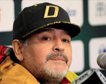 Subastan Porsche que usó Maradona por al menos u$s 240.000.