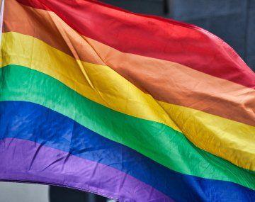 Unión Europea abrirá acciones legales contra Hungría y Polonia por no respetar los derechos LGBT