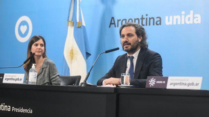 el-jefe-gabinete-la-nacion-santiago-cafiero-junto-la-titular-anses-fernanda-raverta