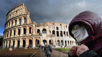 italia elimina el uso obligatorio de barbijo al aire libre