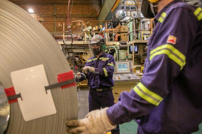 Gobierno adelanta que la industria creció más de 6% en diciembre