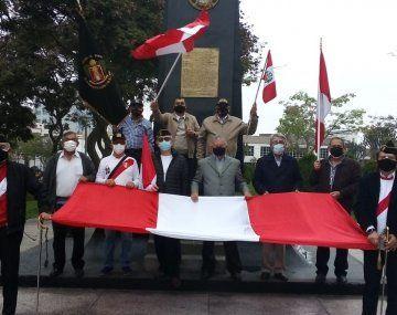 Más de 600 militares retirados estuvieron en la movilización en Lima.