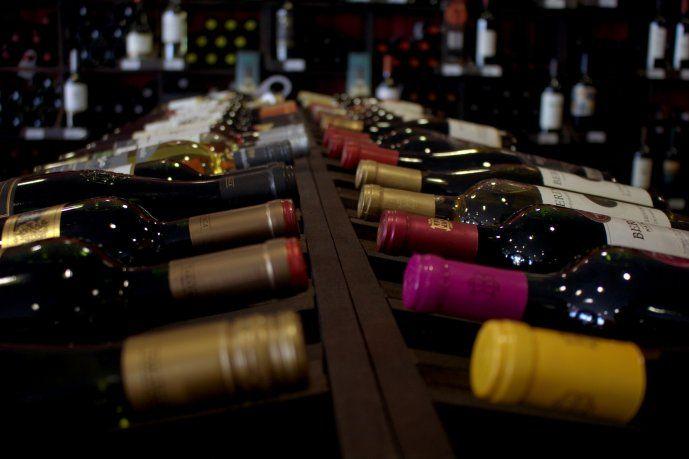 AFIP subastará vinos nacionales y lapiceras: cómo participar