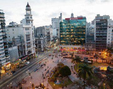 Situación. Uruguay ofrece hoy atractivos para empresas argentinas y profesionales que buscan expandirse basados en un clima mejor para los negocios.