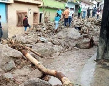 Temporal en Jujuy provoca destrozos y evacuados.