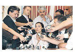 Gabriela Michetti encabezó una conferencia de prensa junto a Mauricio Macri para expresarsu satisfacción por el levantamiento del paro tras la conciliación obligatoria dictada por el Ministeriode Trabajo.