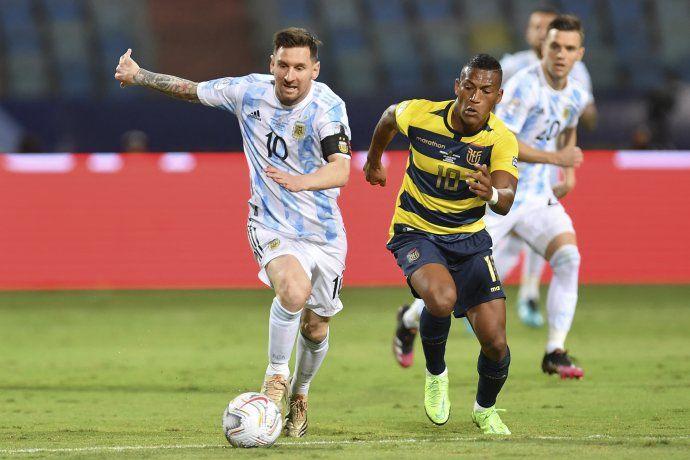 Messi dio un pase magistral y Argentina le gana con claridad a Ecuador