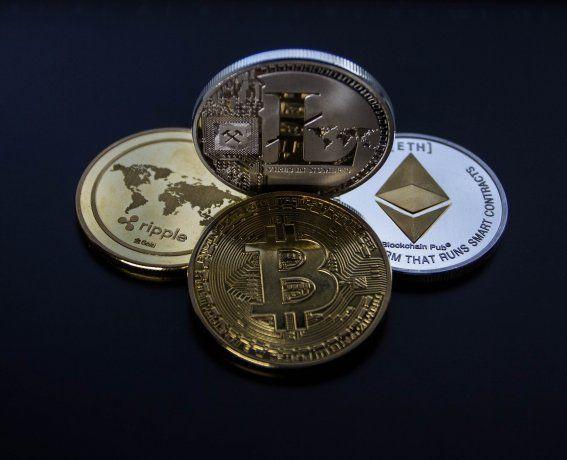 Criptomonedas de fiesta: Bitcoin sube, Ethereum marca récord y Dogecoing ya vale más que el peso argentino