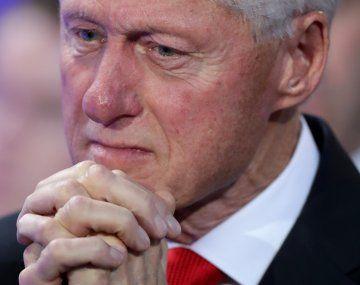 Bill Clinton sigue hospitalizado y se recupera de una infección urinaria