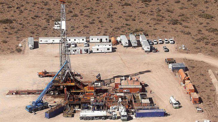 Temor en Vaca Muerta por una parálisis petrolera tras el congelamiento del precio del crudo