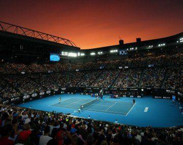 Los estadios del Abierto de Australia tendrán público, hasta un 50% de la capacidad total.