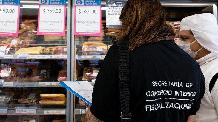la-policia-contra-la-inflacion-fiscaliza-los-precios-todos-los-comercios-del-pais