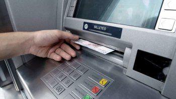 los bancos podemos ser presenciales y digitales a la vez