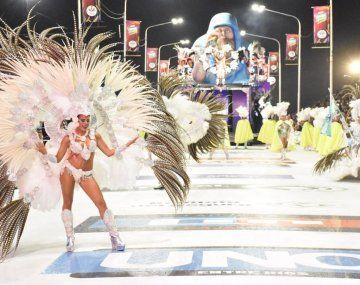 El carnaval de Concordia reúne a 10 mil espectadores cada sábado.