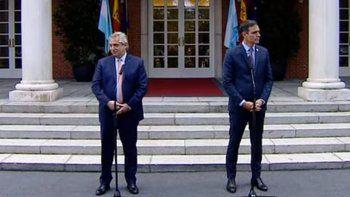 justicia: la pregunta de la periodista espanola que disparo un gesto de alberto fernandez
