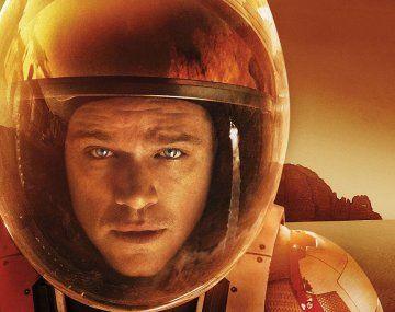En la película, la NASA tiene que rescatar al astronauta Matt Damon de Marte.