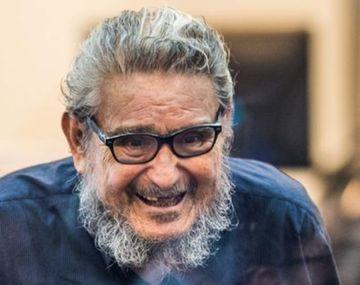 Murió en prisión el fundador de Sendero Luminoso