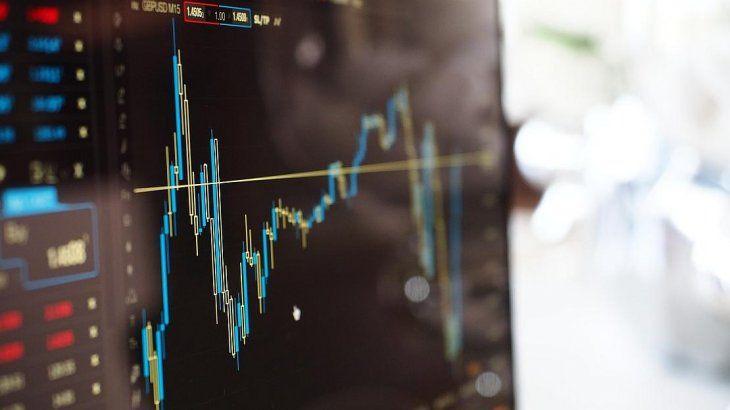 Dólar MEP: ¿cómo comprar divisas sin el recargo del 30% y saltando el cepo?