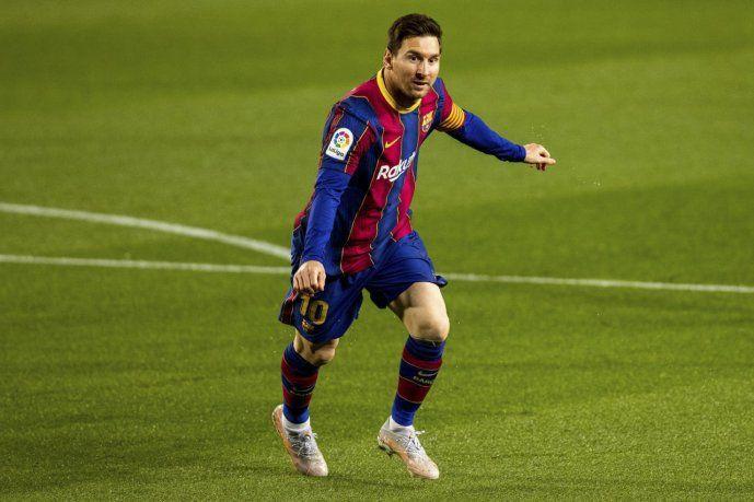 Messi marcó dos goles y con 25 es el máximo anotador de la Liga de España.
