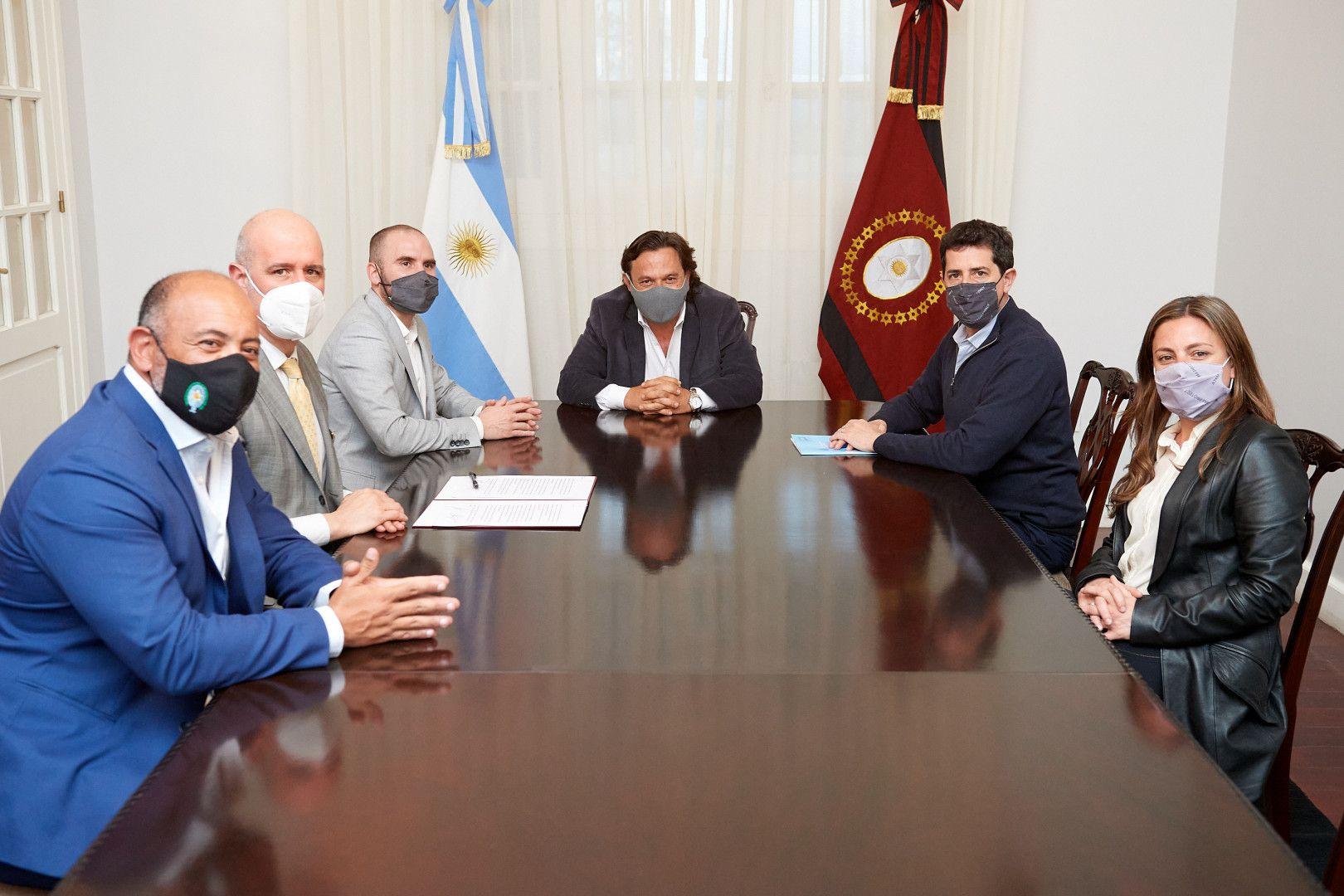 Guzmán, De Pedro y Gustavo Sáenz firmaron un convenio de Asistencia Financiera por $ 1.000 millones para la provincia de Salta.